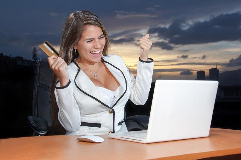 Un cont bancar în străinătate vă va ajuta să economisiți comisioane